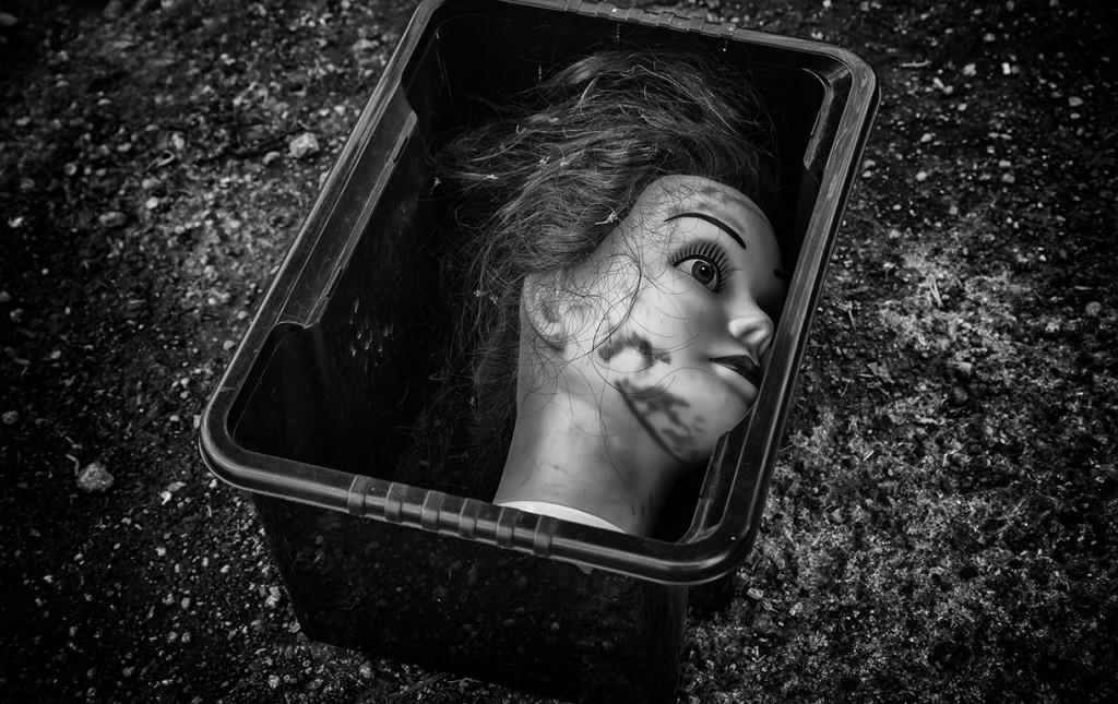 head in a box - bath street photography