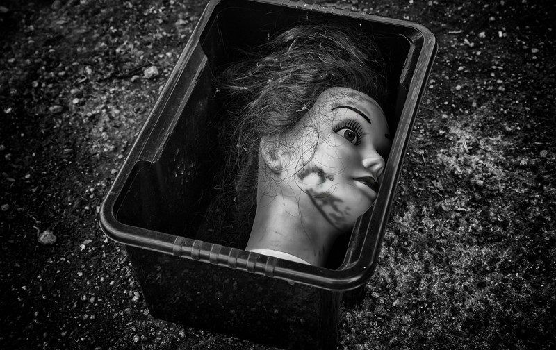 head in a box - bath street photography