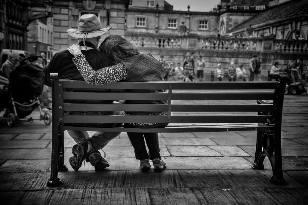 cuddles - UK street Photography